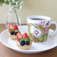 おうちカフェを可愛く演出♪ムーミンマグ&北欧食器テーブルコーディネート10選!