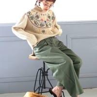 レトロな刺繍ニットが可愛い♡刺繍・柄アイテムでつくる冬のカジュアルコーデ集