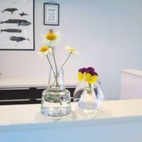 北欧フラワーベースの魅力♡「ケーラーオマジオ」と「ホルムガードフローラ」で花のある暮らし