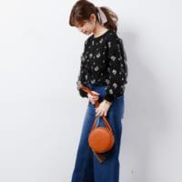刺繍がやっぱり可愛い!ニットからスカートまで、刺繍アイテムを使ったコーデ集♪