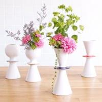 おしゃれな花瓶飾ってますか?おすすめの陶器・ガラスの花瓶15選!