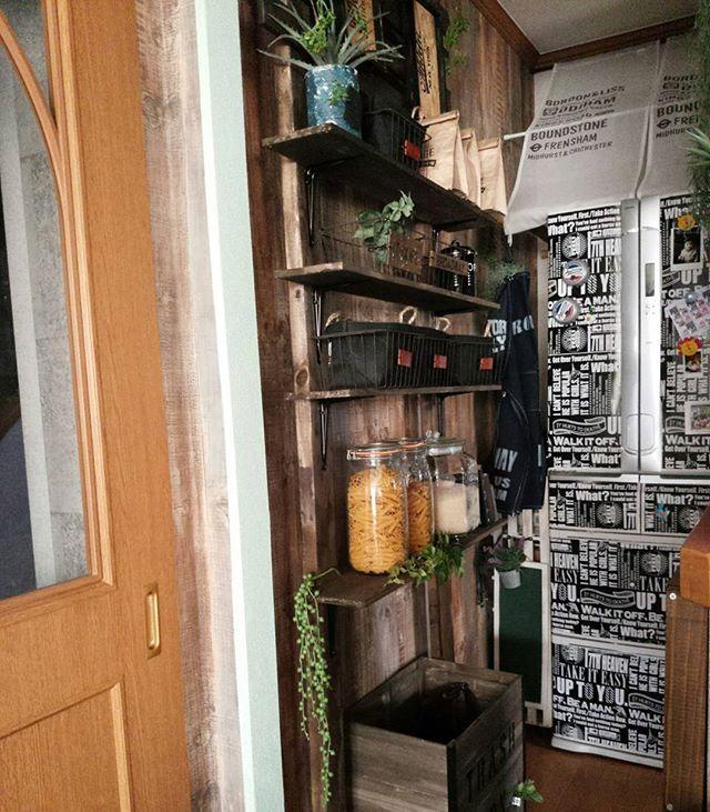賃貸 壁面 棚収納 DIY