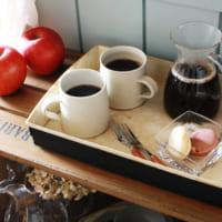 楽しいコーヒータイムを♪100均アイテムで作るカフェトレイ8選!