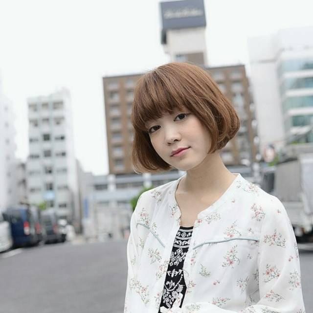 ショートボブ アレンジ 前髪