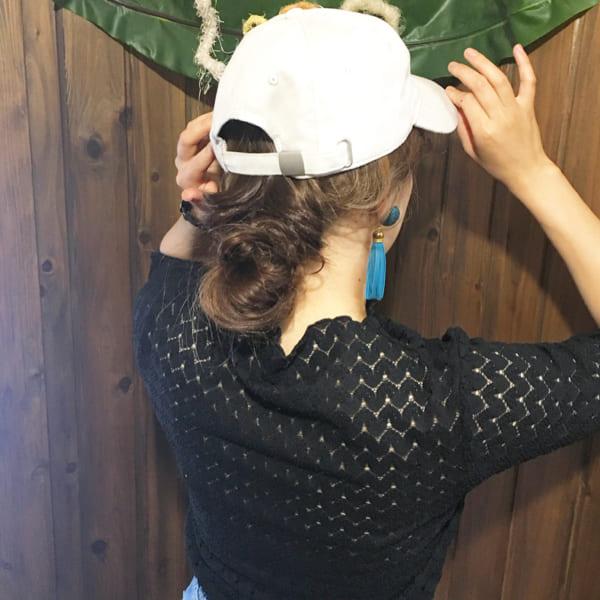 帽子をかぶっている際のヘアアレンジ特集2