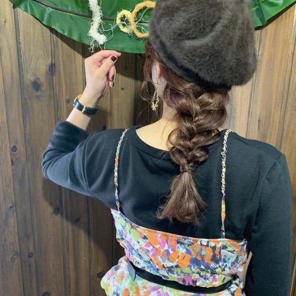 帽子をかぶっている際のヘアアレンジ特集38