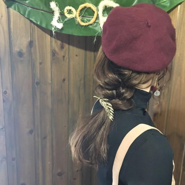 帽子をかぶっている際のヘアアレンジ特集41