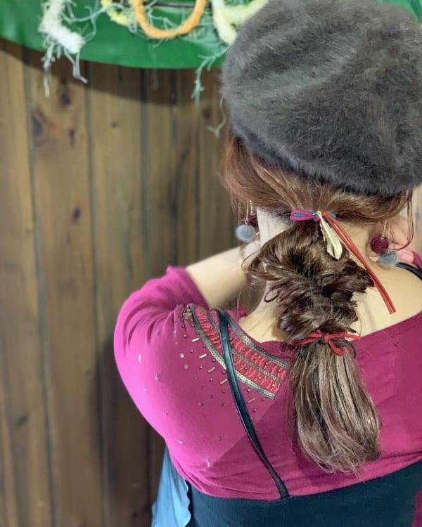 帽子をかぶっている際のヘアアレンジ特集42