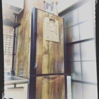 キッチンをイメージチェンジ♪100均アイテムを使った冷蔵庫リメイクアイディア