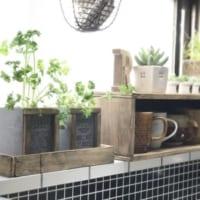 100均の定番アイテム「木箱」で便利なアイテムをDIY!ディスプレイや収納に活用しよう☆