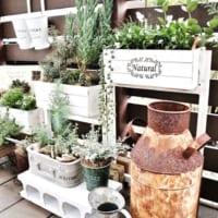 屋外収納ってどうしてる?ガーデニング用品やグリーンなどの置き場所アイデアをご紹介!