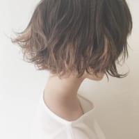 初めてのカラーで脱黒髪はイルミナカラーで透明感タップリと♪