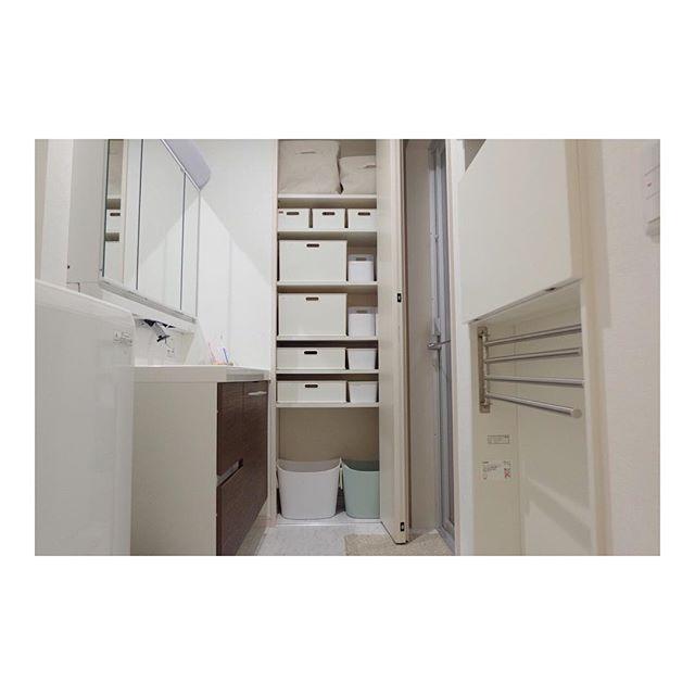 引き出しやクローゼットなど、他の収納と組み合わせた収納例3