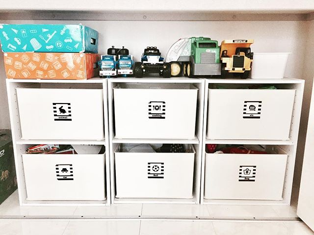 カラーボックスと組み合わせた収納例2