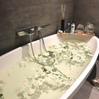 バスタイムをもっと楽しく♪お風呂を素敵な場所に変えるアイディアをご紹介!
