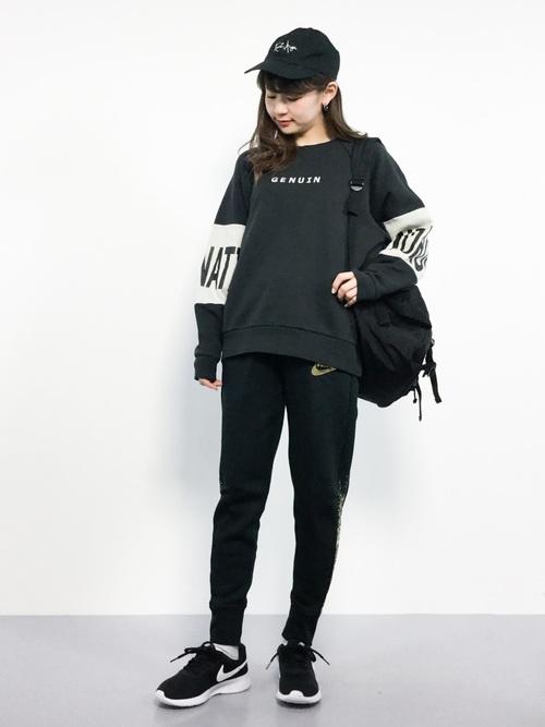 ブラックトレーナー6