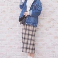 GU春の新作【チェックナローミディスカート】で大人かわいいコーデをつくろう!