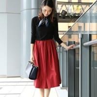 春コーデのマストアイテム!花のように美しいカラースカートコーデ15選♡