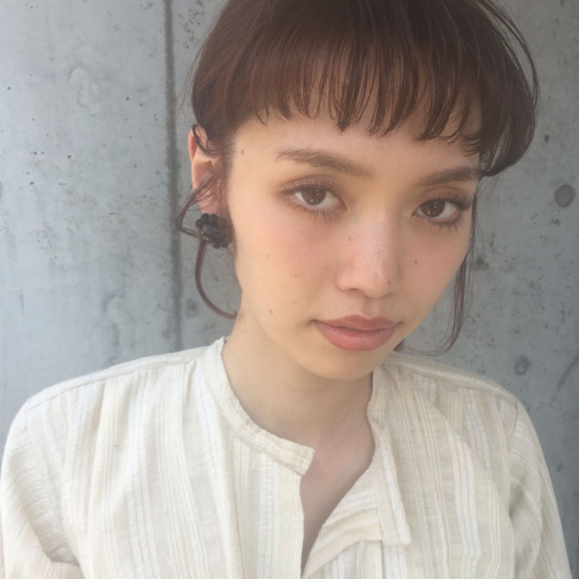 ぱっつん前髪のシースルーバング4