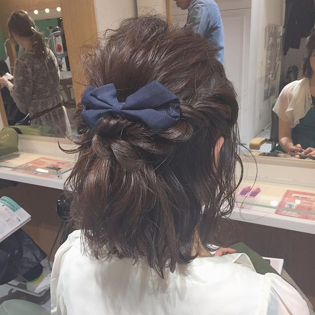 ショートボブのヘアアレンジ57