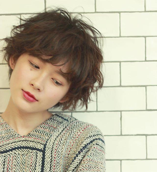 髪型に合わせた種類別パーマ⑤外国人風パーマ4