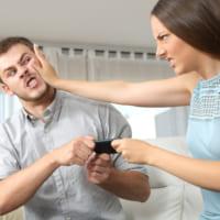 束縛の強い彼氏はもう嫌!束縛の強い彼氏の心理や特徴についてご紹介