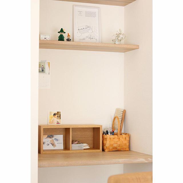 壁に付けられる家具6