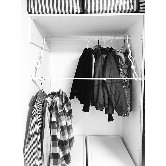 吊るす収納アイデア④ファッション類5