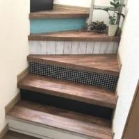 階段の装飾はほったらかしでは?原状回復可能なアイディアや簡単な方法で素敵な階段作り!
