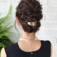 ドレス&浴衣にも似合う簡単セルフアレンジ♡大人可愛いヘアの作り方