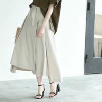 アシンメトリースカートで雰囲気のある女性に♪大人のモードなスカートスタイル15選