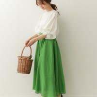 パンツ派さんも必見♡ 春&夏カジュアルは、ラブリーな主役級スカートを着まわす♪
