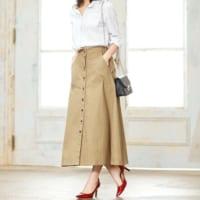 今季注目デザイン♡フロントボタンスカートを使ったコーディネート15選!