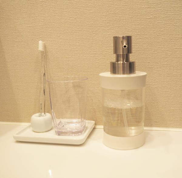 洗面所のコップ収納6