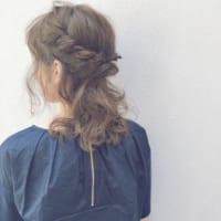 春のお呼ばれシーズンにおすすめ♡美容院でオーダーしたくなるまとめ髪♪