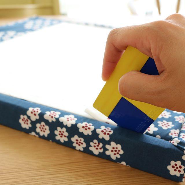 ファブリックパネルの作り方と飾り方