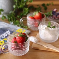 食卓を涼しく彩るガラス食器♡イッタラの「カステヘルミ」のある生活