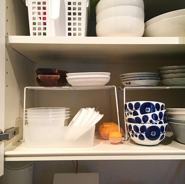 タッパー収納 食器棚