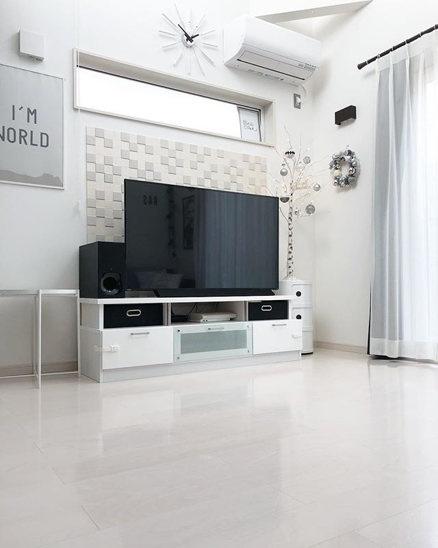 テレビボード モノトーンインテリアの設置実例2