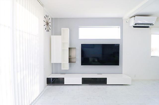 テレビボード モノトーンインテリアの設置実例6