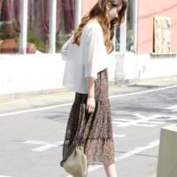 夏を満喫する可憐なアイテム☆ティアードスカートを使った大人の着こなし術