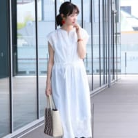 夏の暑さを吹き飛ばす!ホワイト系ワンピースを着こなす大人の爽やかコーディネート15選