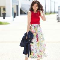 華やかで可愛い!「花柄スカート」で彩る春夏コーデ集