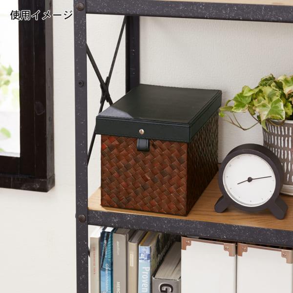 香水の収納にマッチする家具・ケース15