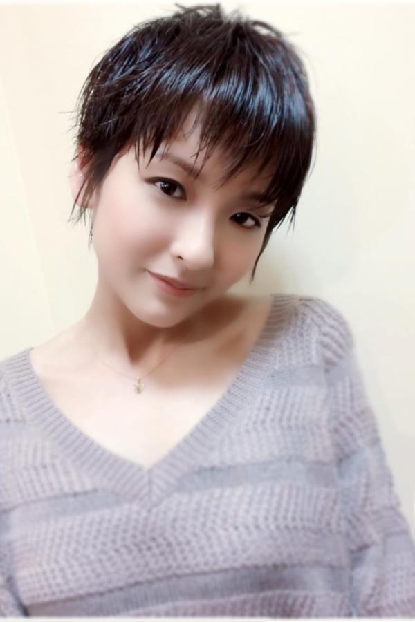 黒髪ベリーショート④前髪あり14