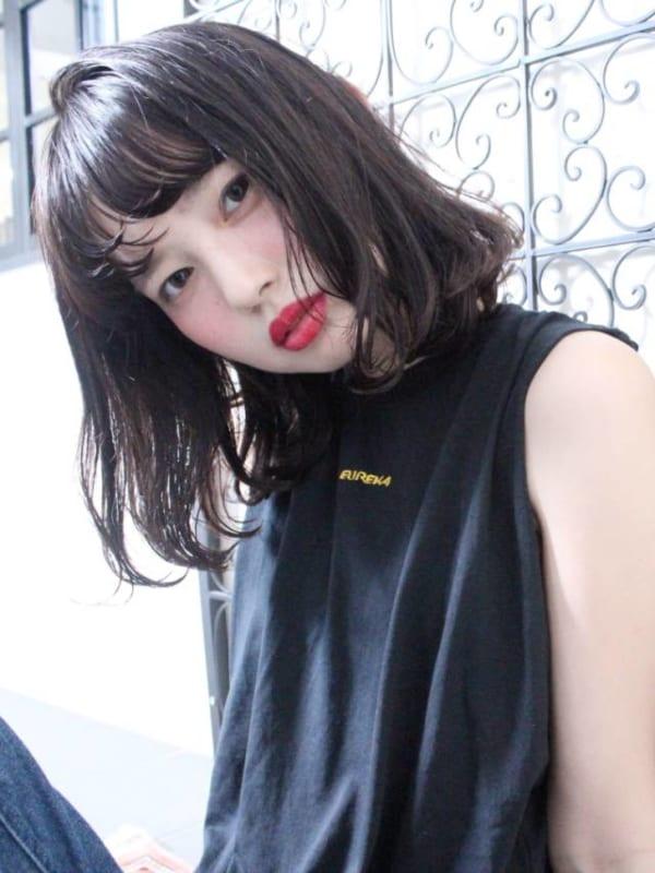 黒髪 ミディアムボブスタイル6