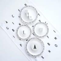 シンプルで洗練されたデザインが魅力☆「デザインレターズ」のアイテム
