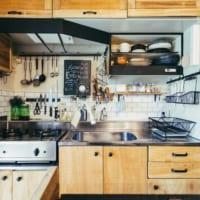 DIYの達人に学ぶ。賃貸でもできるキッチンのカスタマイズ方法まとめ