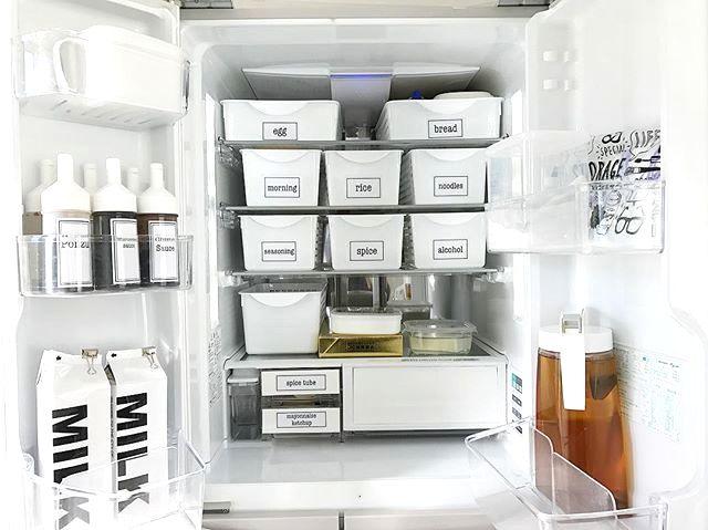 8c2db52508 白を基調にした収納空間。参考にしたい、美しく整然とした収納実例24選 | folk