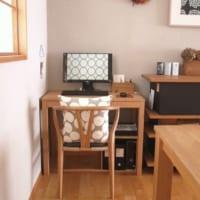 ご自宅のパソコンスペースを見せてください!集中力が高まるお気に入りの空間をご紹介♪